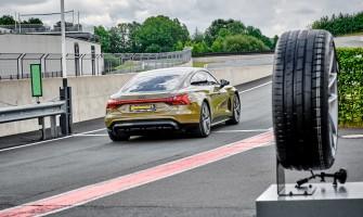 """Naujos """"Continental SportContact 7"""" padangos pritaikytos skirtingų klasių automobiliams"""